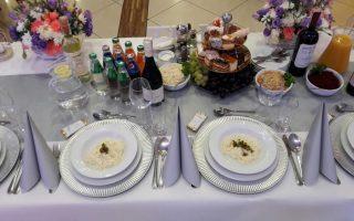 Srebrne talerze dekoracyjne